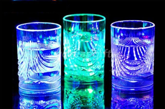 100-200ML 2016 popular led flash Plastic LED Whiskey Glass Cups
