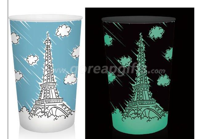 Eiffel Tower creative glowing plastic cup single wall mug