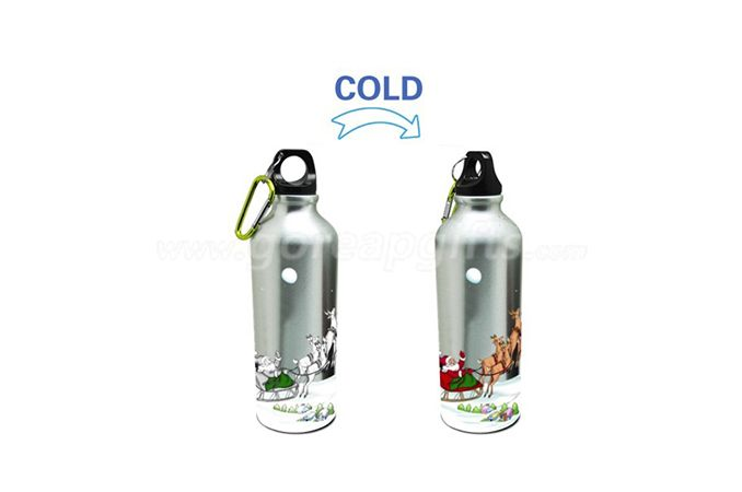 Cold color changing aluminum water bottle with kepchain ,sports water bottle