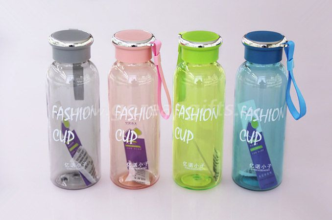 590ml Foodgrade FDA approved sports travel plastic water bottles