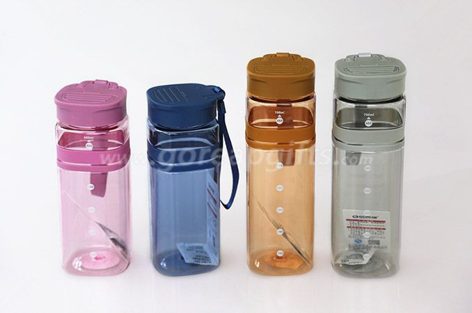 710ml Factory produce Foodgrade FDA approved sports travel plastic water bottles