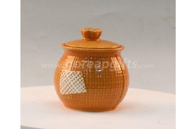 Ceramic kitchen canister for peper,salt,sugar,spice jars set