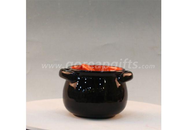 Ceramic flower vase and pot