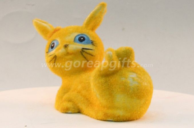 Yellow cat home decoration ceramic ware