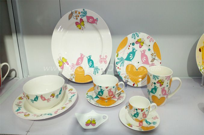 2017 new design bone China dinner set tableware set ceramic dinnerware sets