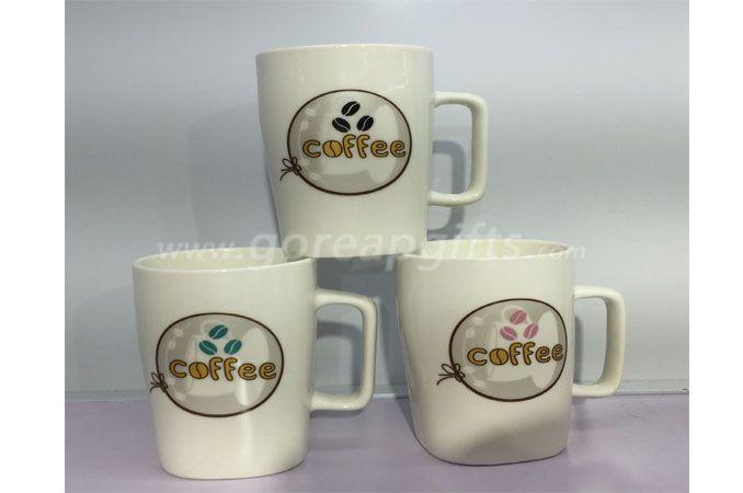 Ceramic coffee mug with square  handle