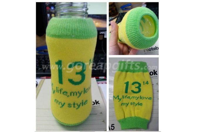 Customized glass water bottle with knitted sleeve