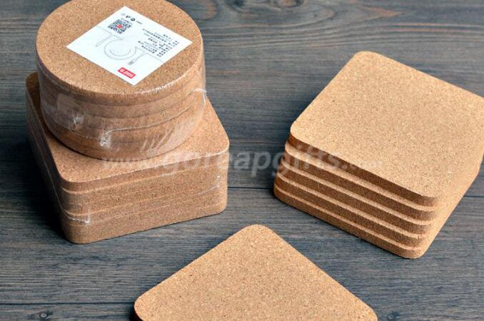 Wholesale Natural Bamboo Coaster Set With 5 Coasters and Custom Holder